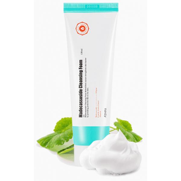 Madecassoside Cleansing Foam - Пенка для умывания с мадекассосидом для чувствительной и проблемной кожи